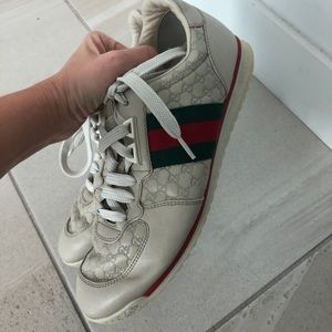 Gucci Sneakers Authentic